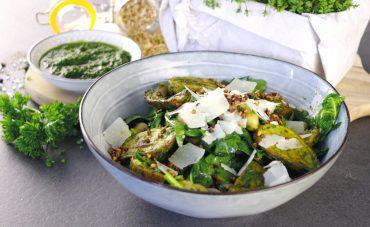 Kartoffel-Kräuter-Küche: Leicht und lecker durch den Sommer + Rezept für Kräuter-Kartoffelsalat